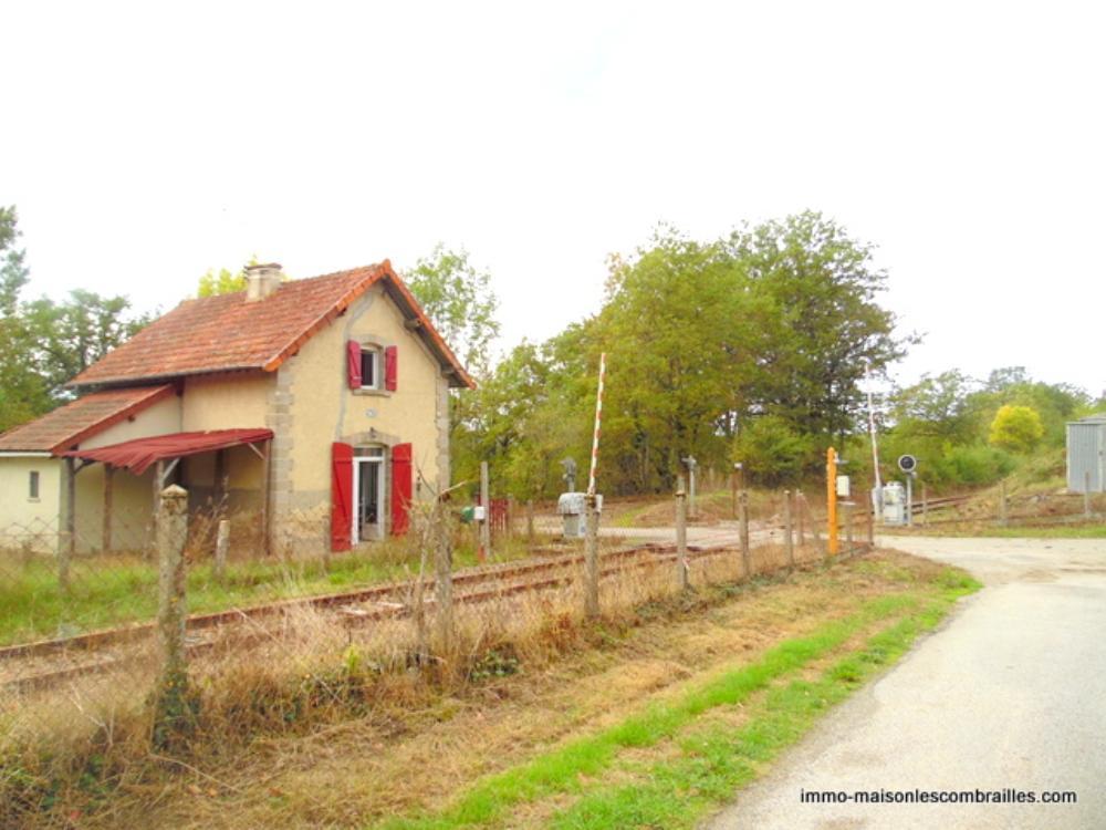 vrijstaand te koop Saint-Médard-la-Rochette, Creuse (Limousin) foto 2