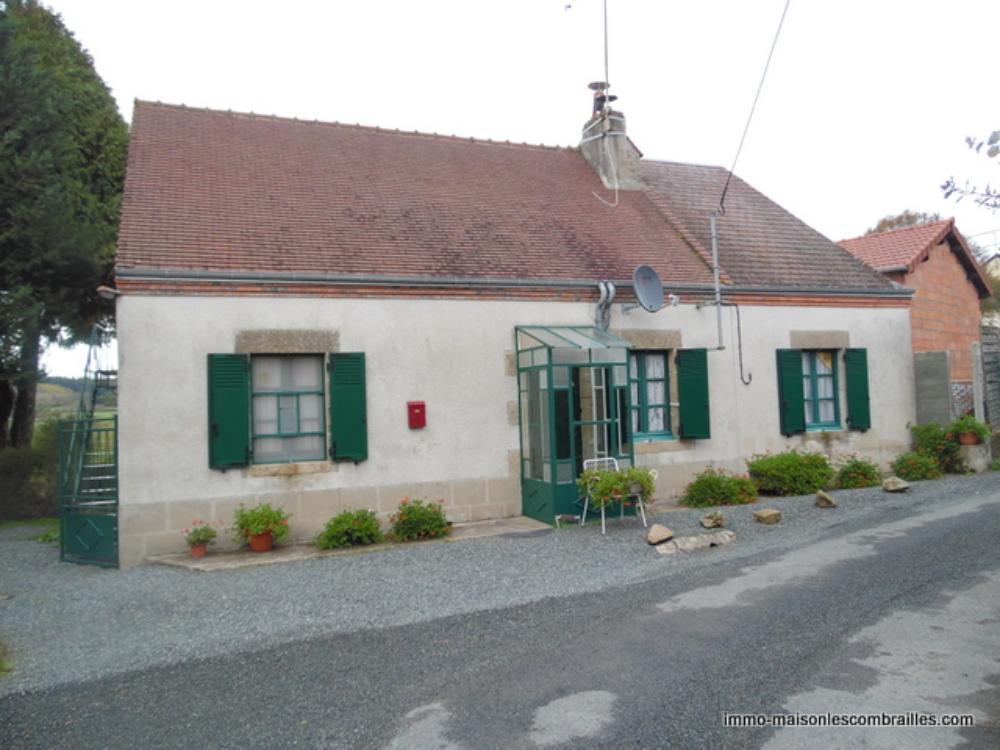 vrijstaand, Méasnes, Creuse