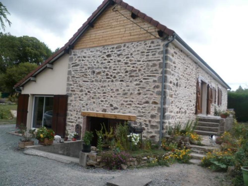 vrijstaand te koop Nouziers, Creuse (Limousin) foto 1