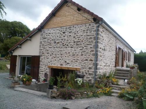 vrijstaand, Nouziers, Creuse
